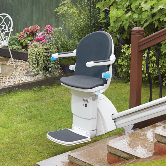 Handicare Outdoor straight stairlift