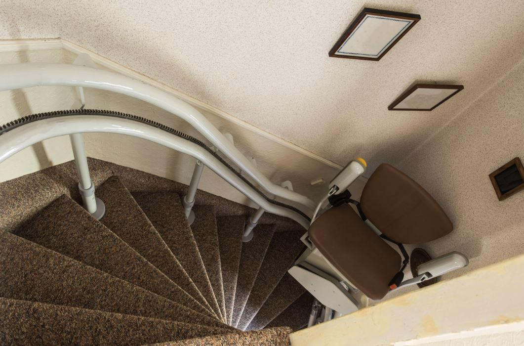 Buying a Stairlift vs Stairlift Rental Services: Which is Right For You?
